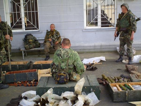 Трагически погибший Анатолий Лебедь с бойцами 45 ОРП в зоне операции