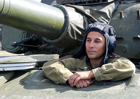 От офицеров-танкистов зависят жизни вверенного личного состава