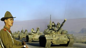 Советские танки на дорогах Афганистана