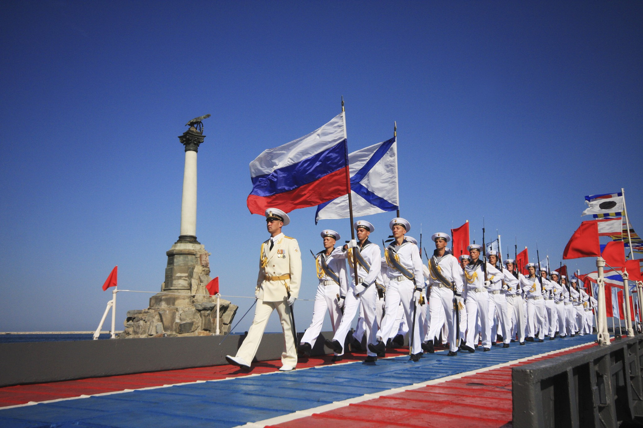Андреевский флаг - главное знамя ВМФ России