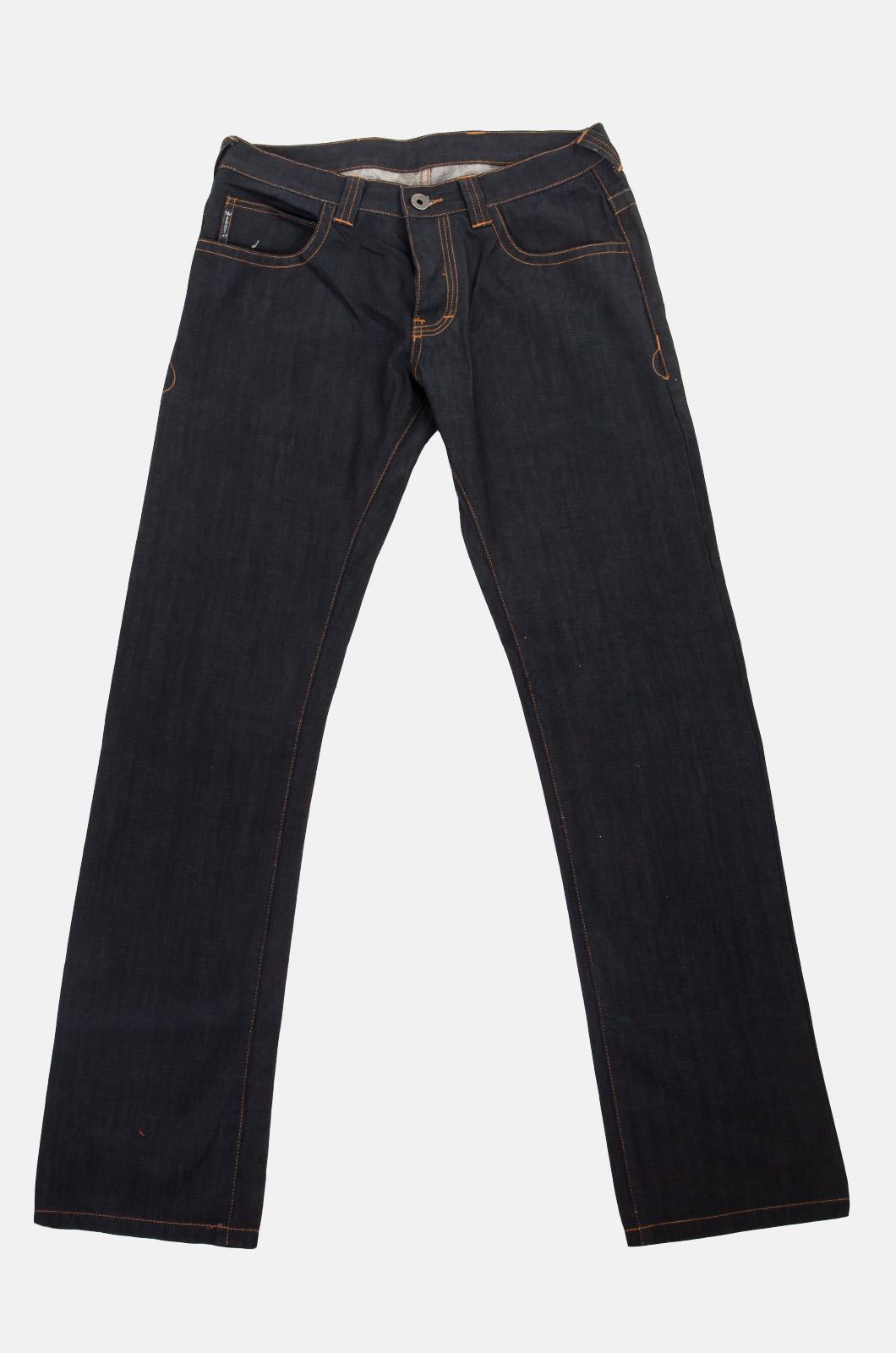 Черные мужские джинсы от итальянского бренда ARMANI JEANS 790d43cf39a