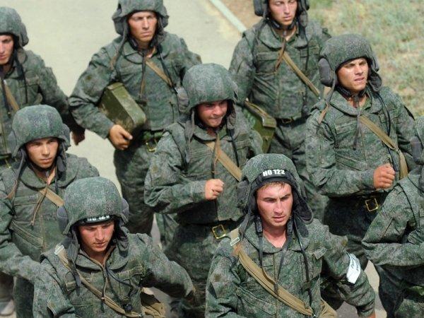 """Танковые войска России сделали акцент на боевую подготовку. Танкисты в индивидуальных защитных комплектах 6Б15 """"Ковбой"""""""