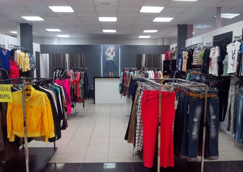 a81f674e7c67 Детальный обзор лучших магазинов одежды, дисконт-центров и распродаж в  Тольятти. Обзор каталогов мужской и женской брендовой одежды, сравнение  цен, скидок, ...