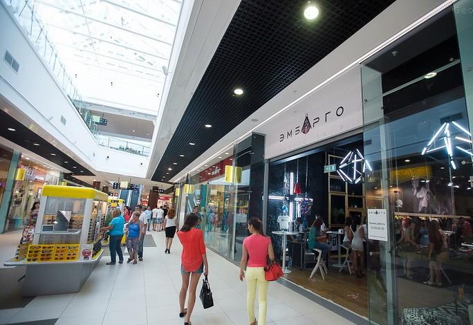 394d8008398f4 Купить брендовую одежду в Волгограде предлагает магазин «Эмбарго». Здесь  представлены интересные коллекции для мужчин и женщин, которые могут себе  позволить ...