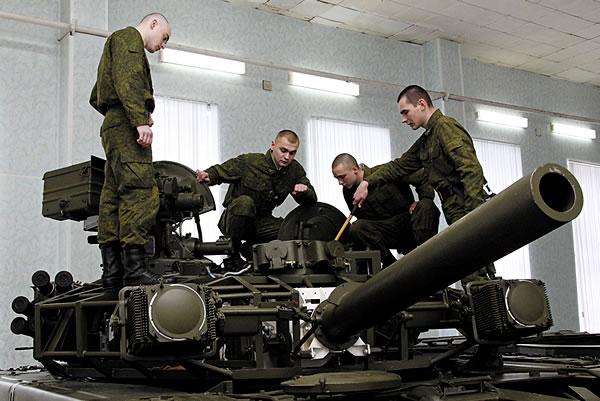 Попасть служить танковые войска